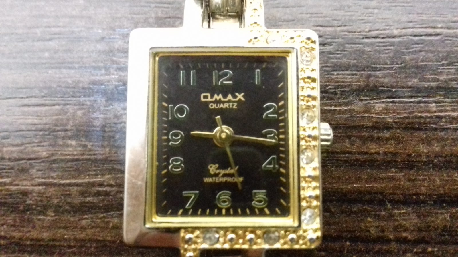 Женские наручные часы Omax JE-0210