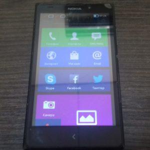 Смартфон  Nokia Xl (rm1030)