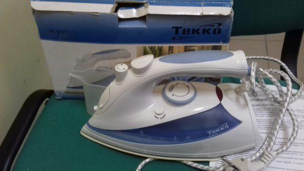 Утюг Tekko  TK-0707