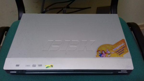 DVD-плеер  BBK DV-318SI