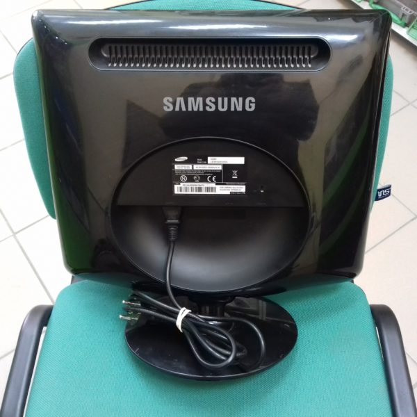 Монитор Samsung SyncMaster 932BF