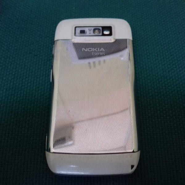Мобильный телефон Nokia E71-1