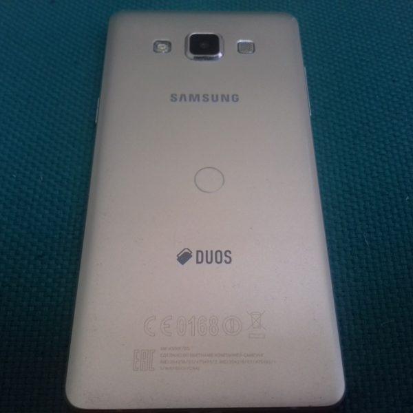 Смартфон Samsung Galaxy A5 (SM-A500F)