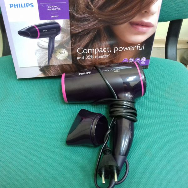 Фен Philips EssentialCare BHD002/00