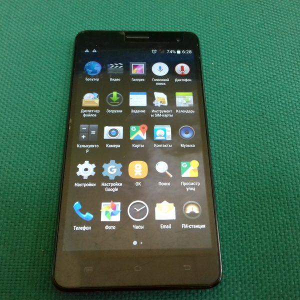 Смартфон  Nomi i550 (вздут АКБ)