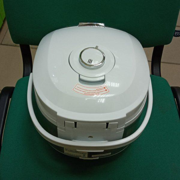 Мультиварка Philips HD3136